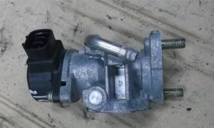 Клапан EGR Rav4
