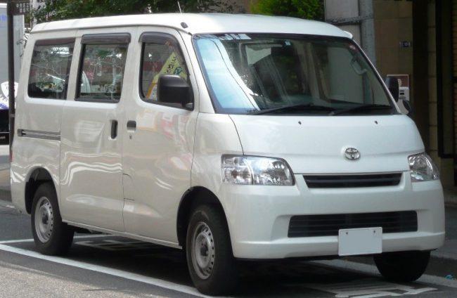 Минивэн Toyota Lite Ace