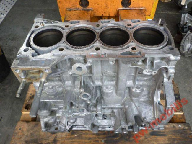 Блок двигателя 1ad-ftv