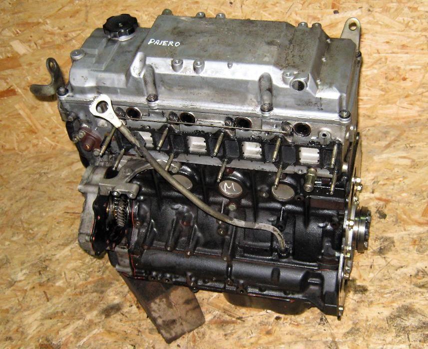 Двигатель 4m41