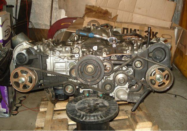 Двигатель eg 33