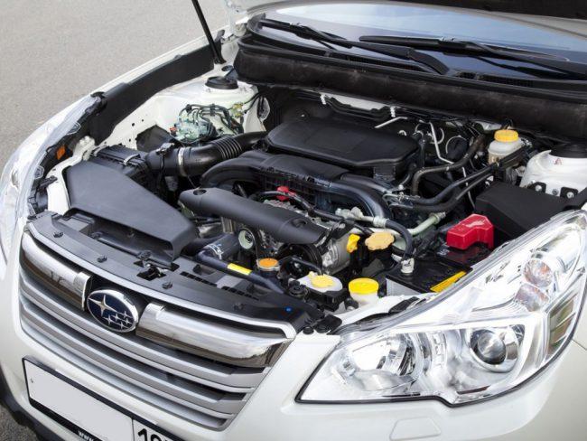 Двигатель в Subaru Outback