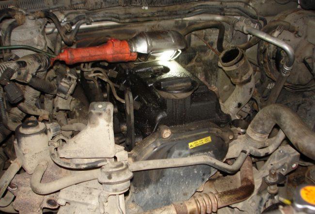 Двигатель Nissan yd25