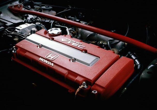 Двигатель B16B