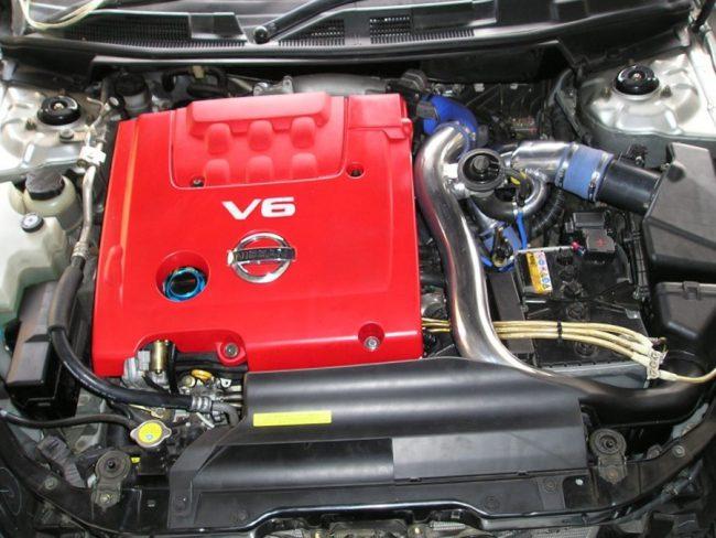 Бензиновый V6 двигатель