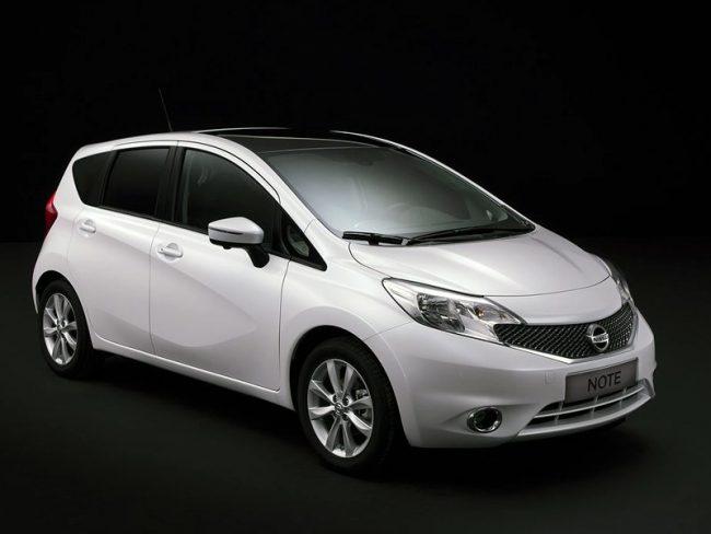 Второе поколение Nissan Note