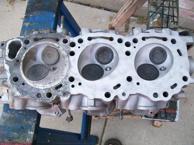 Нагар на клапанах у двигателя VG33E
