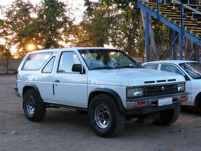 Первое поколение Nissan Terrano