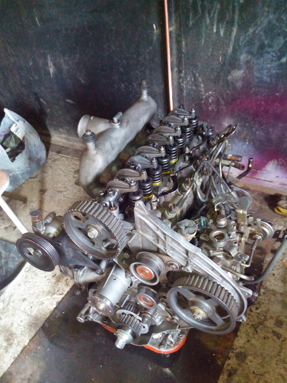 Двигатель D4BB