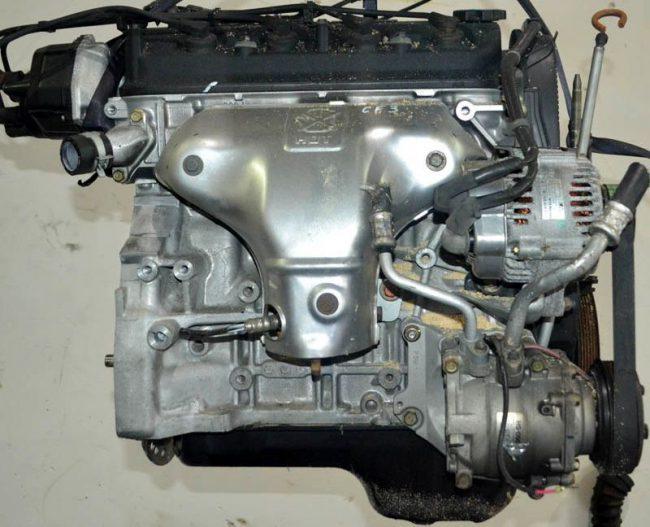 Двигатель Honda f18b