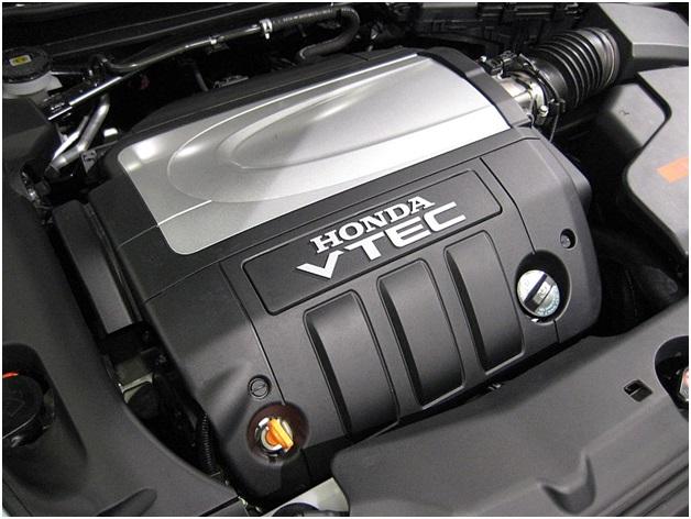 J35A SOHC VTEC в подкапотном пространстве Honda Legend
