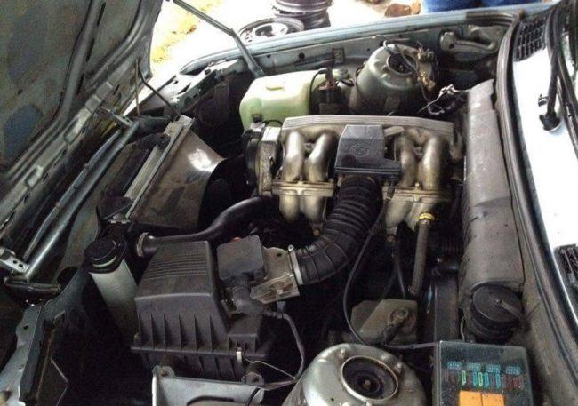 Двигатель m40