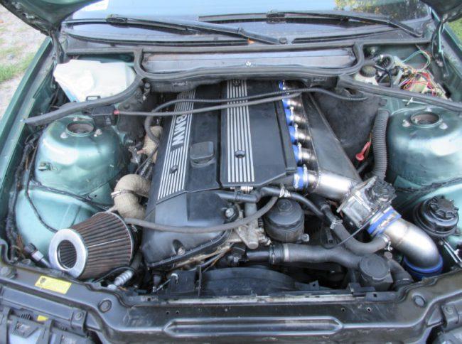 Двигатель M52TUB25