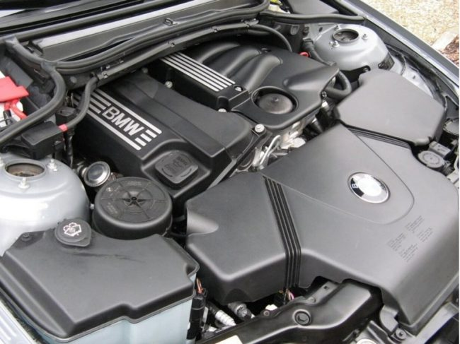 Двигатель N46B18