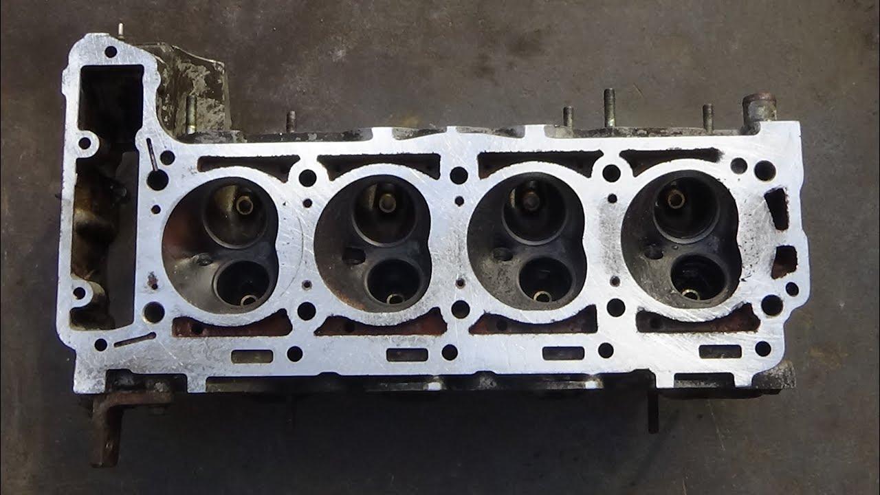 Головка блока цилиндров немецкого мотора