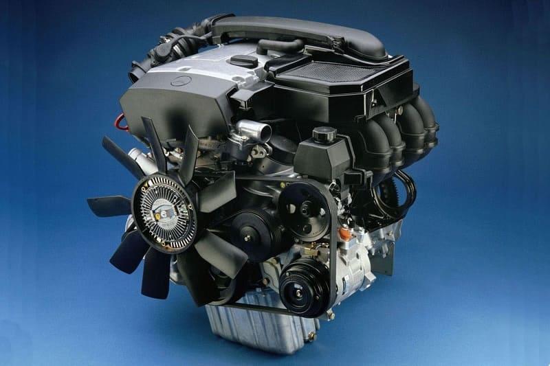 Двигатель M111