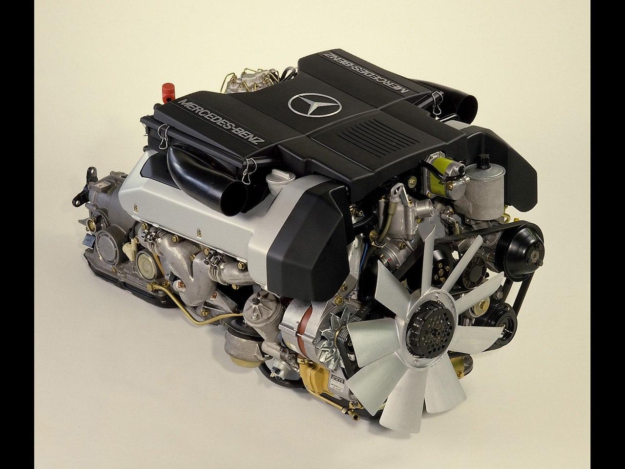 Двигатель M119