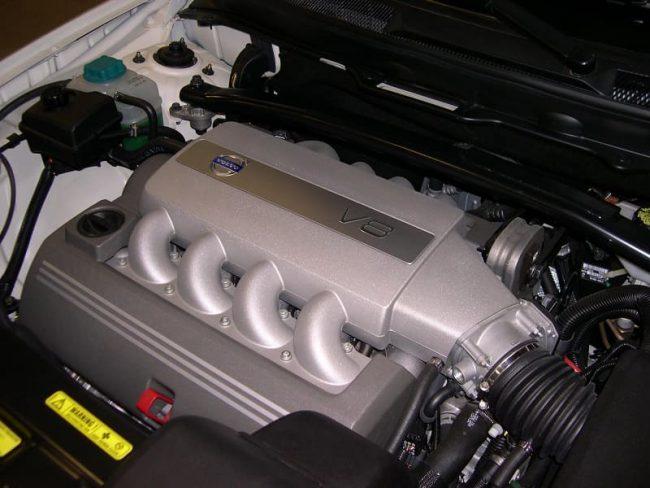 8-цилиндровый агрегат Вольво