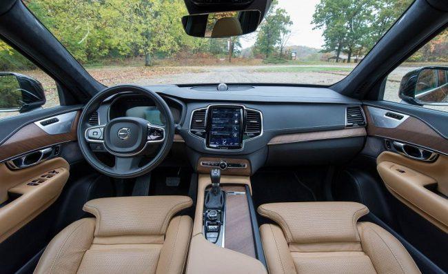 Салон Volvo XC90 2ое поколение