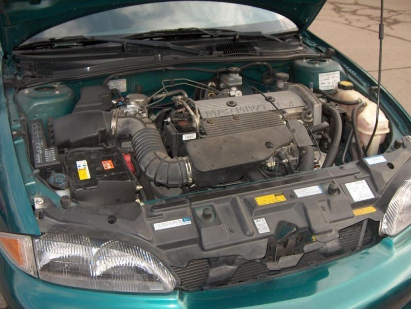 Американо-японский эмигрант Toyota Cavalier 1999 года выпуска