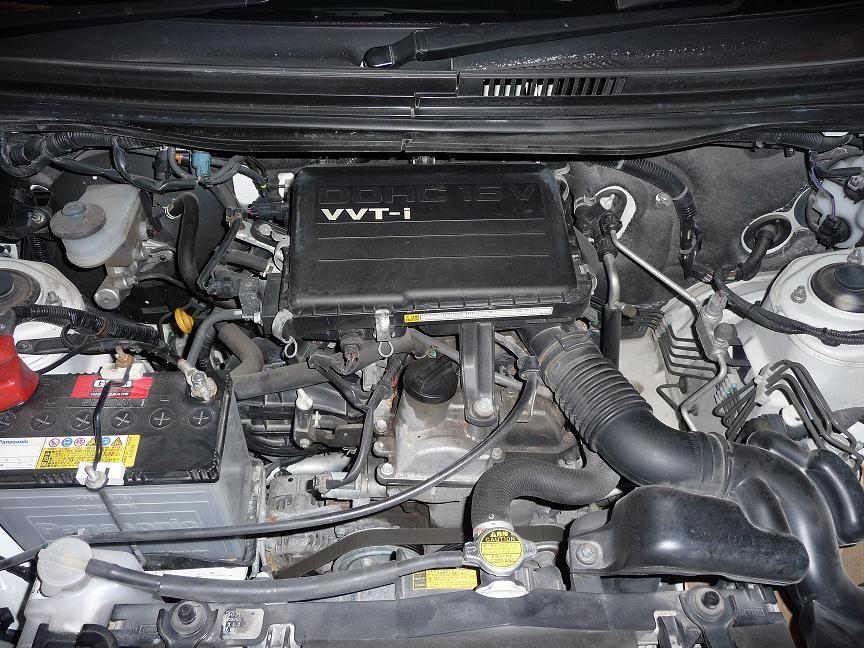 Двигатель 3SZ-VE в подкапотном пространстве Toyota Rush 2006 г. в.