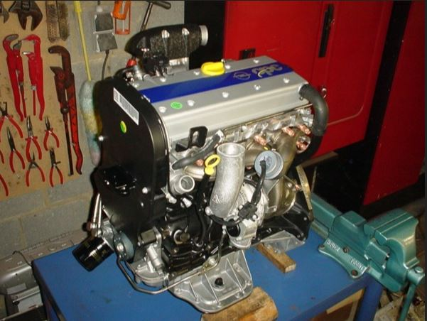 Двигатель Opel C20LET