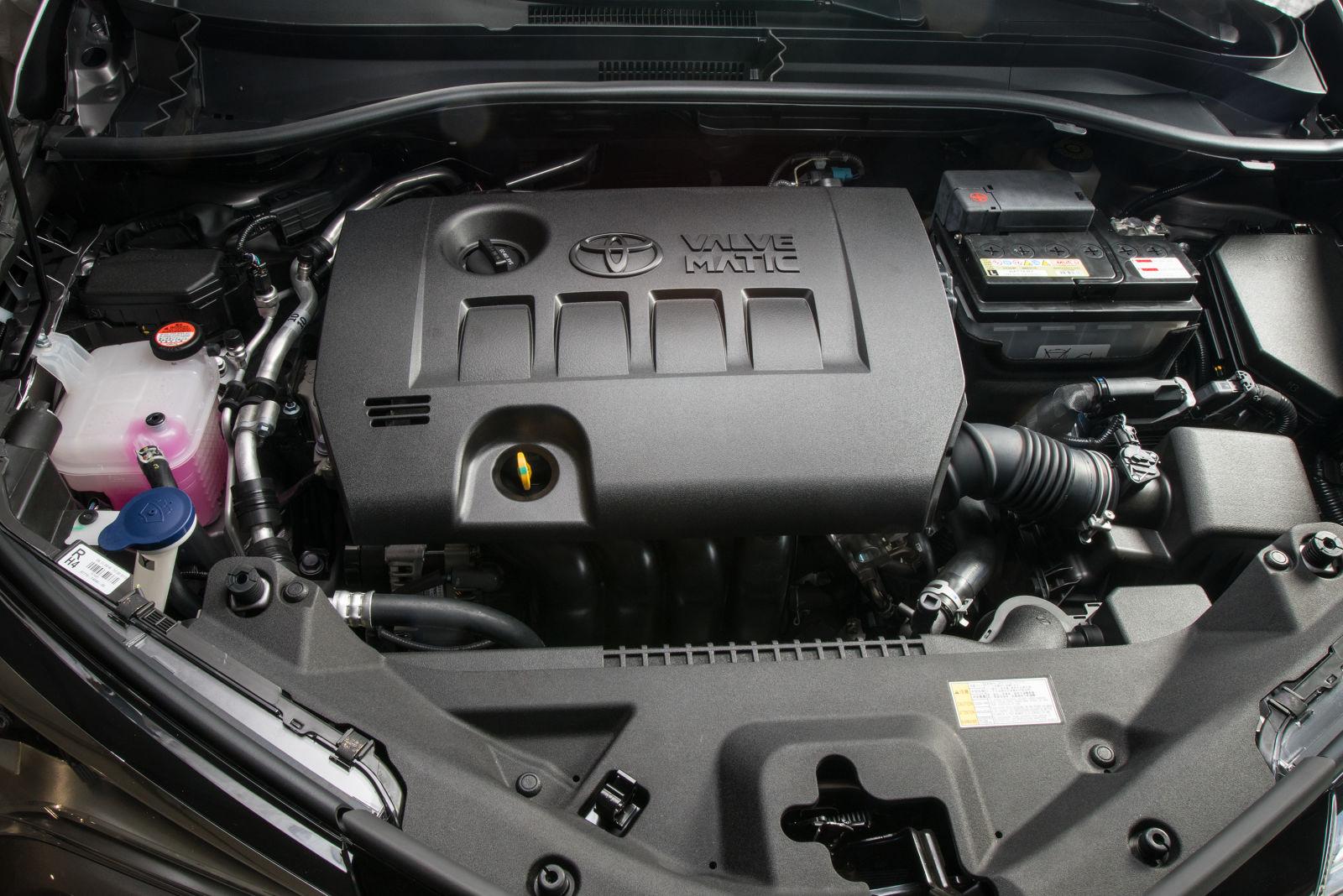 Двигатель Toyota C-HR 2018 года