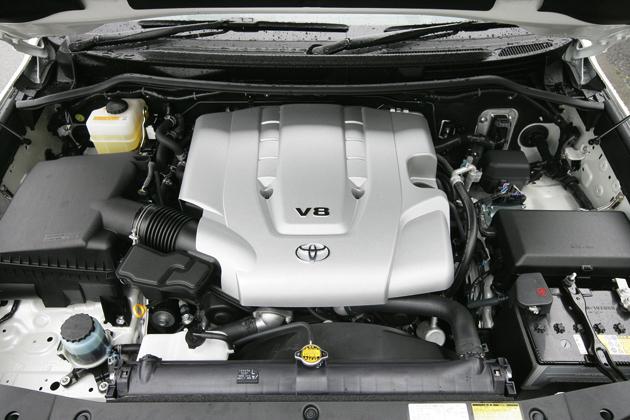 Двигатель Toyota Sequoia 2UZ-FE