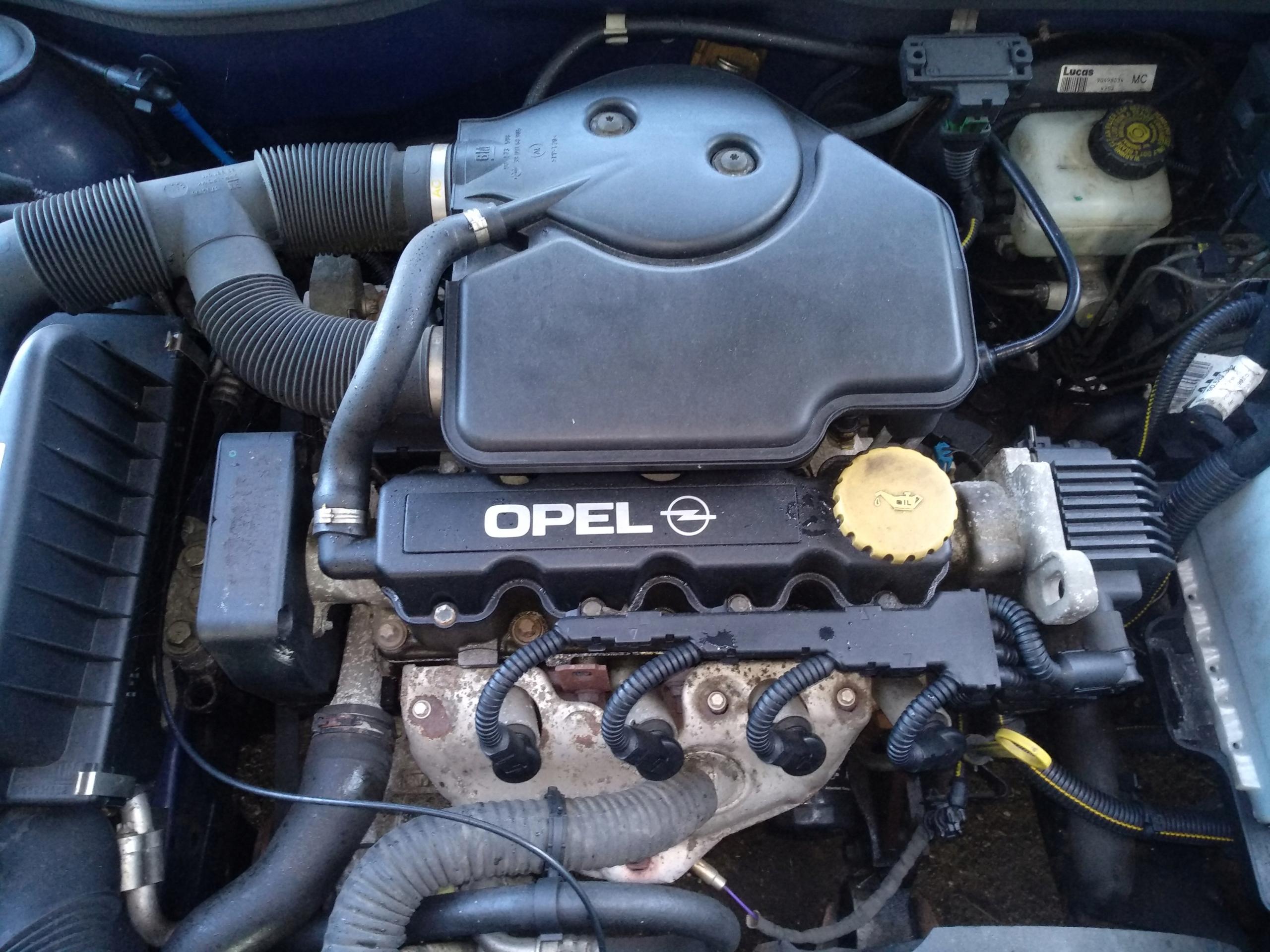 Новый двигатель X16SZR на Opel Astra