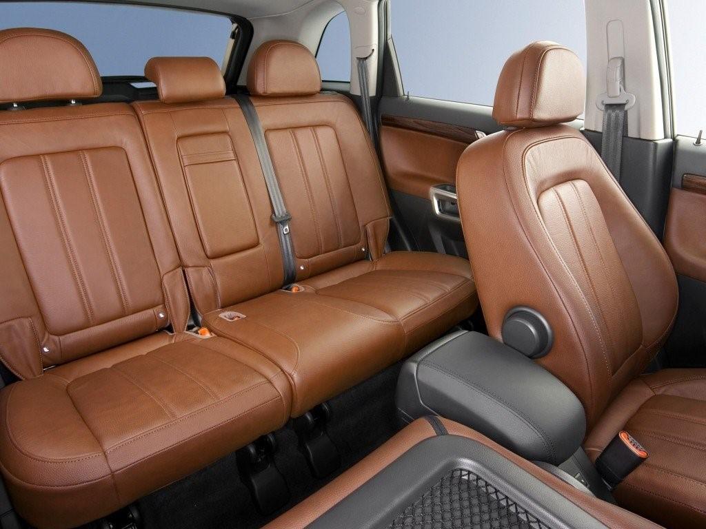 Opel Antara интерьер