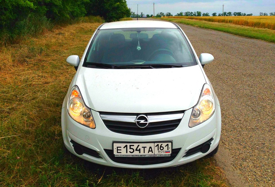 Opel Corsa класса D 2007 год