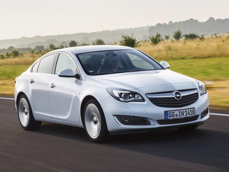 Opel Insignia рестайлинг 2013