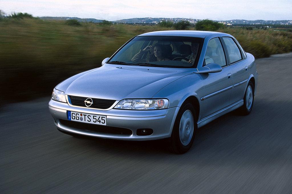 Opel Vectra рестайлинг