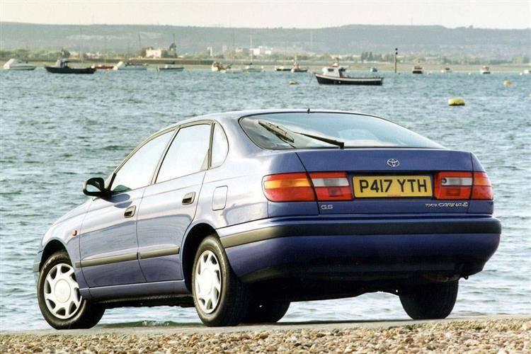 Toyota Carina E 1997 года