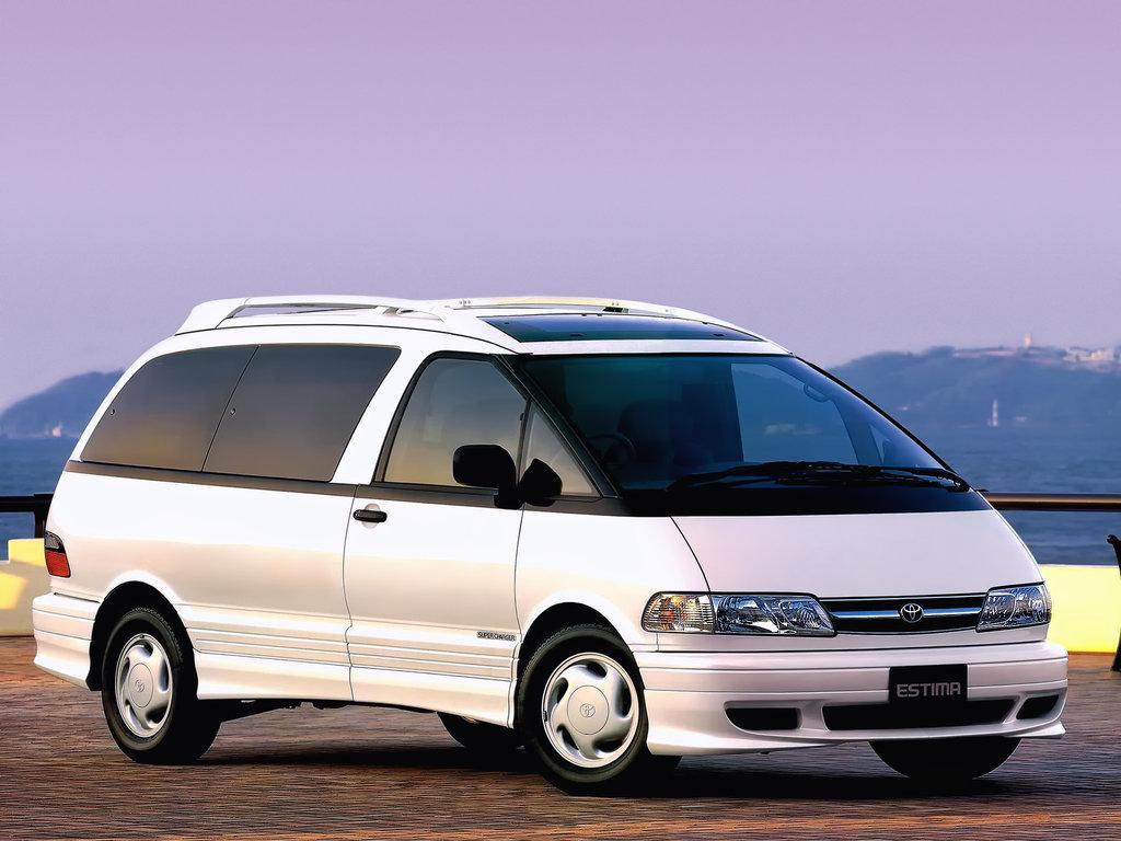 Toyota Estima 1998 года