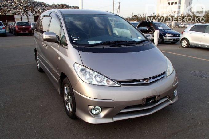 Toyota Estima 2005 года