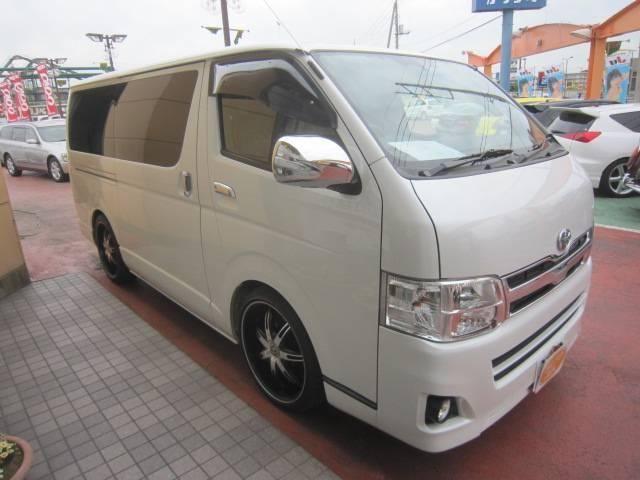 Toyota Regius Ace 2013 года