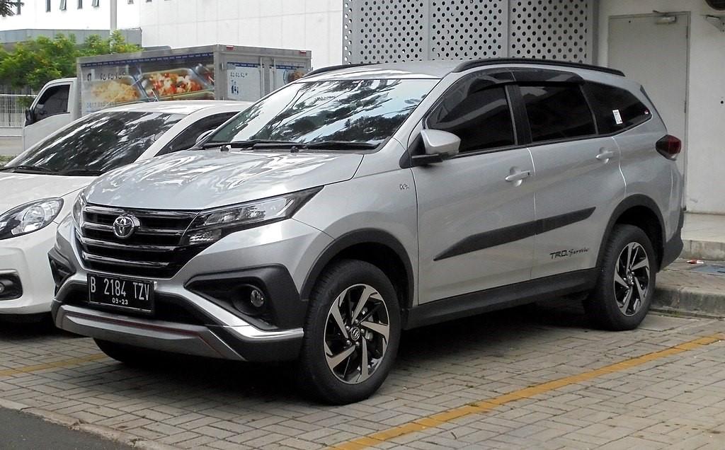 Toyota Rush 2018 модельного года (F800RE, Индонезия)