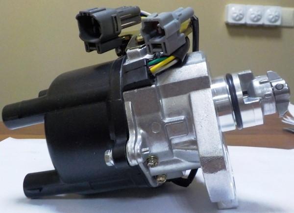 Трамблёр двигателя 7A-FE