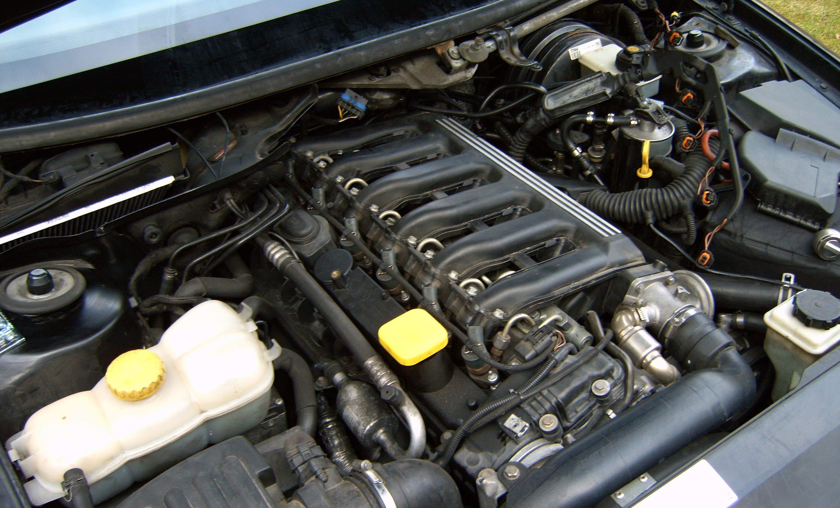Замена масла на двигателе Y25DT