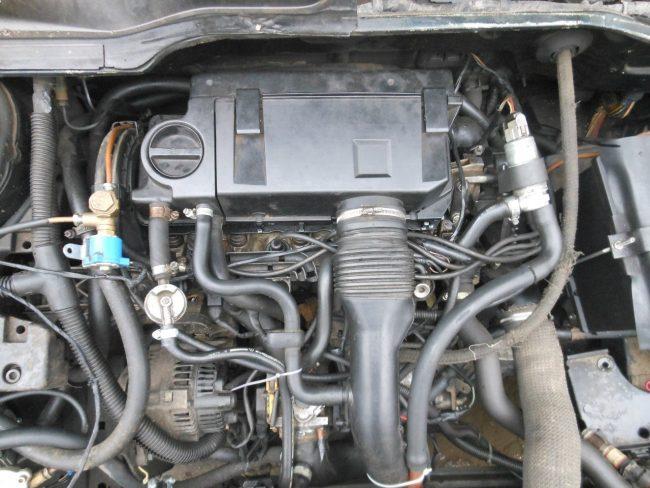Бензиновые двигатели Peugeot 405