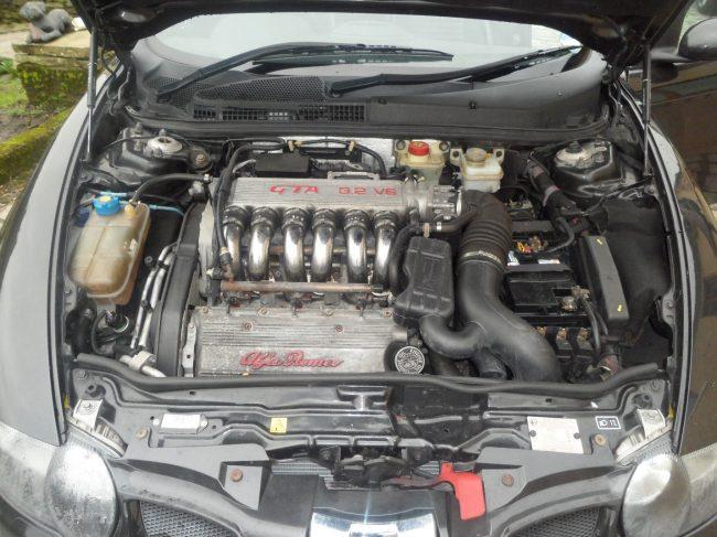 С каким двигателем Alfa Romeo 147 лучше?