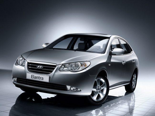Hyundai Elantra 4 поколения