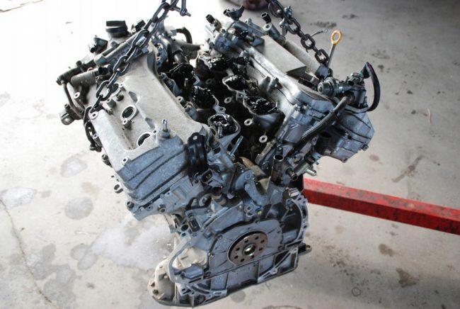 Демонтированный двигатель 4GR-FSE