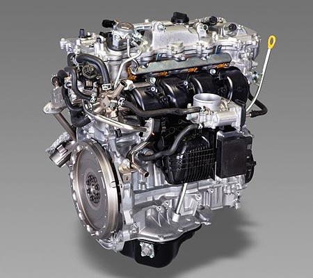 Внешний вид двигателя 2AR-FXE