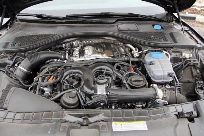 Подкапотное пространство Audi A7