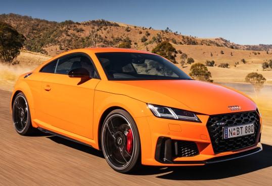 Купе 2019 года выпуска Audi TTS
