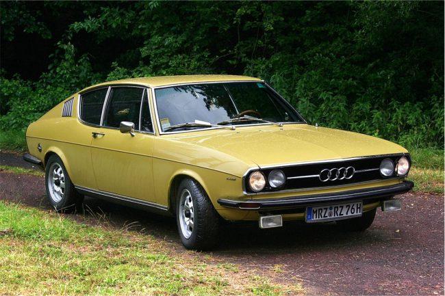 Первое поколение Audi 100