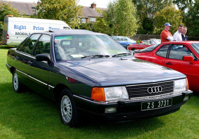 Третье поколение Audi 100
