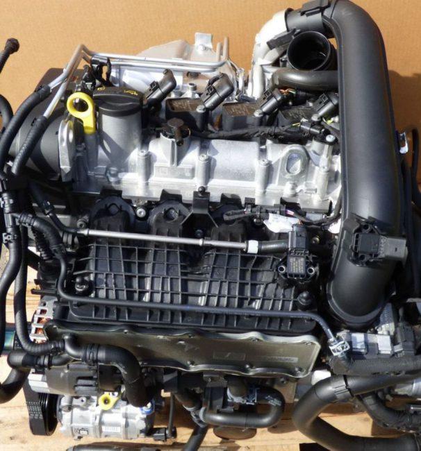 Двигатель CZDA